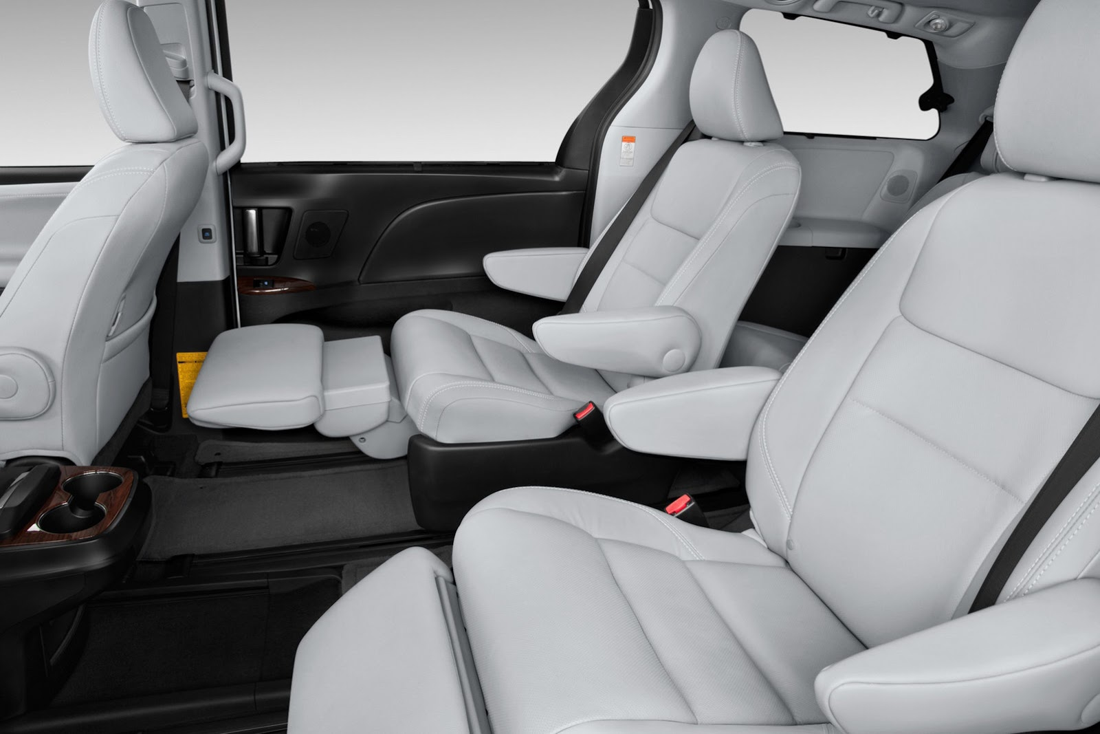 2015 toyota sienna unveiled w quirky youtube videos. Black Bedroom Furniture Sets. Home Design Ideas