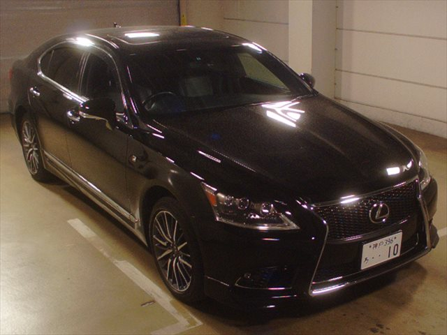 https://cdn.integrityexports.com/wp-content/uploads/2015/04/2013-Lexus-LS-460-F-Sport.jpg